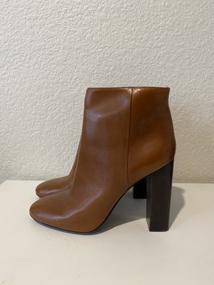Tori Burch Ankle Bootie - Runway Sample for Sale in Phoenix, AZ