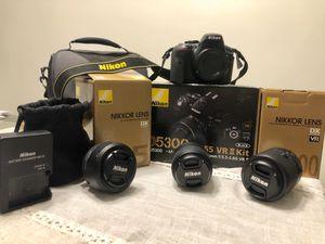 Nikon Professional Camera. Details below. for Sale in Carol Stream, IL
