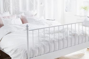 Metal Queen Bed Frame . for Sale in Seattle,  WA