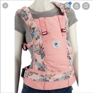 Ergobaby Hearts & Flowers Baby Carrier for Sale in San Antonio, TX