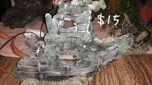 Large ship decor for fish tank for Sale in Martinsburg, WV