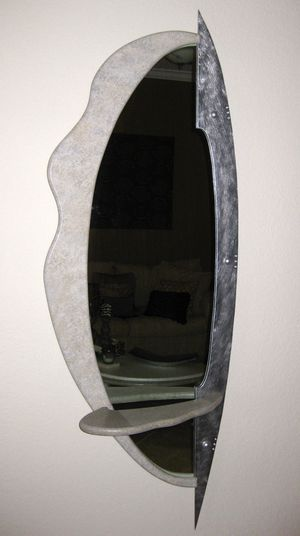 Modern coffee table and wall mirror for Sale in Parkland, FL
