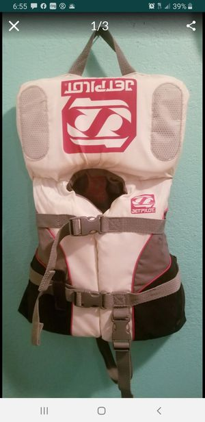 Jet Pilot Infant Lifevest..fits 30 pounds and undet..Coastguard Approved!..Good Condition! for Sale in Modesto, CA