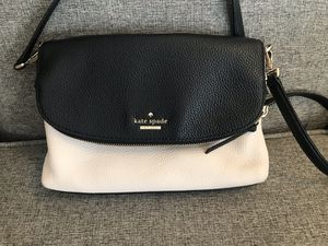 Kate Spade Flap Crossbody for Sale in Bedford, MA