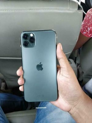 iPhone 11 pro max unlocked for Sale in Downey, CA