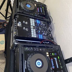 PIONEER DJ SETUP FOR SALE for Sale in Glendale, AZ