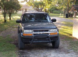 2000 chevy blazer zr2 4x4 for Sale in Zephyrhills, FL