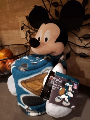 New Mickey Mouse Plush with Philadelphia Eagles Blanket for Sale in Lakewood, CO