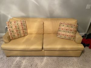 Pullout sofa for Sale in Warner Robins, GA