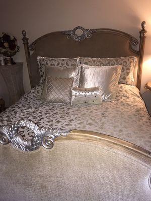 California king bedroom set for Sale in Hacienda Heights, CA