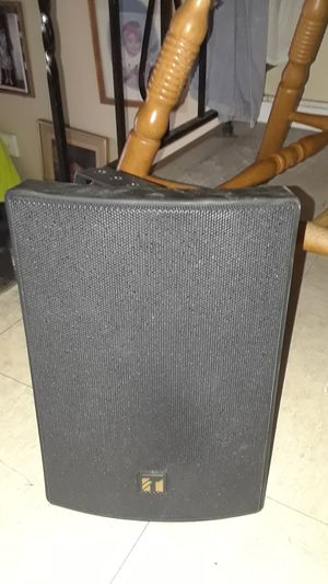 Universal speaker for Sale in Warwick, RI