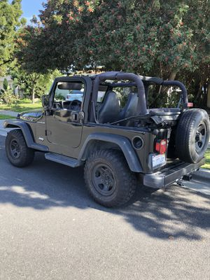 Jeep Wrangler 2001. Automatic 4x4 for Sale in Artesia, CA