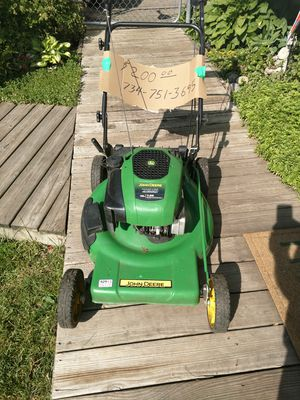 John Deere Self-Propelled Lawn Mower for Sale in Commerce Charter Township, MI