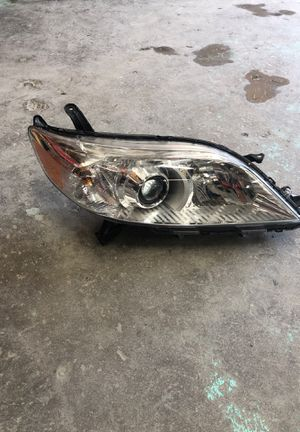 Toyota Sienna 2015-2018 headlight left izquierda OEM for Sale in Washington, DC