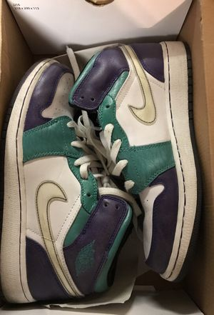 Jordan 1 size 7 boy for Sale in North Las Vegas, NV