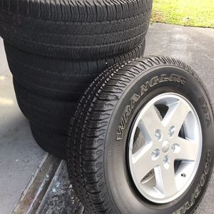 5 Jeep Wheels and Tires for Sale in Seattle, WA