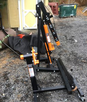 Foldable shop crane with matching engine stand for Sale in Tacoma, WA