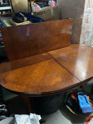 Oval Dining Room Table for Sale in Boynton Beach, FL