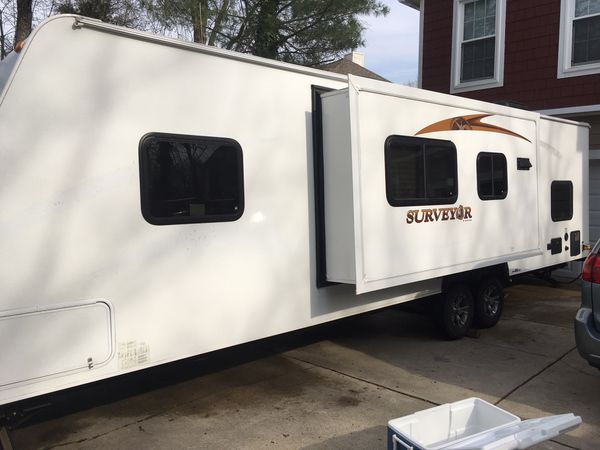 Travel Trailer 34' Forest River Surveyor