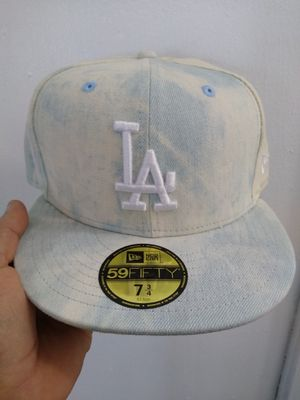 LA DODGERS NEW ERA FITTED HAT 7 3/4 BRAND NEW for Sale in South Gate, CA