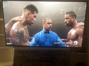 """4K SAMSUNG 58"""" with a Full Motion Tv Mount for Sale in Dallas, TX"""