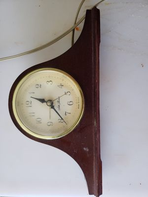 Seth Thomas mantle clock (electric) for Sale in Buckhannon, WV