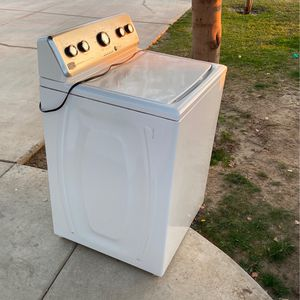 Maytag Centennial Washer for Sale in Arvin, CA