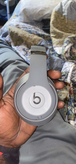 Beats Studios 3, Apple Product for Sale in Jennings, MO