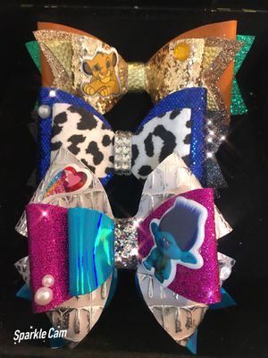 3 royalty bows for Sale in Winter Haven, FL