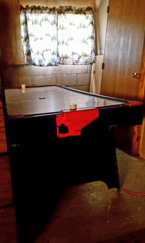 Air hockey table for Sale in Harrison, MI