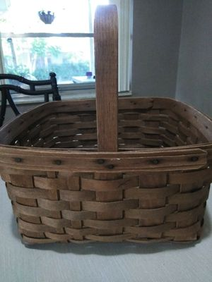 Vintage Longaberger Basket for Sale in Port Richey, FL