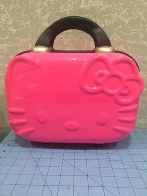 Hello kitty small carry case for Sale in Hacienda Heights, CA