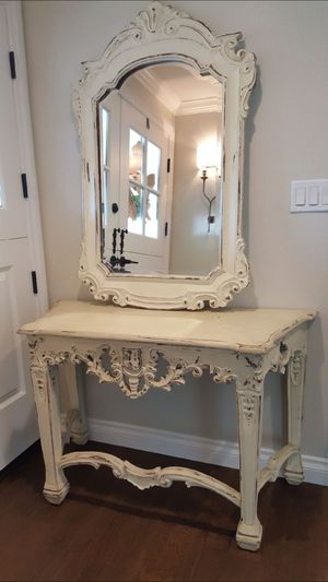 Gorgeous early 1900 beautiful entry Mirror with matching table for Sale in Laguna Niguel, CA