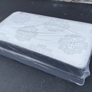 New TWIN Size Mattress And Box Spring Set for Sale in Pompano Beach, FL
