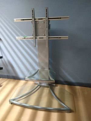 Metal TV Stand with Two Glass Shelves for Sale in Middleburg Heights, OH