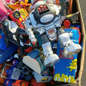 FREE LARGE BOX OF ALL KINDS TOYS for Sale in Fort Myers, FL