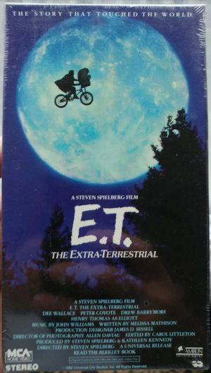 E.T. The Extra-Terrestrial (VHS, 1982) Rare Green & Black Collector Edition for Sale in Hampton, VA