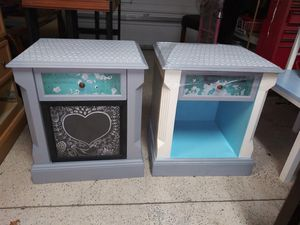 Bedside table set for Sale in Bartow, FL