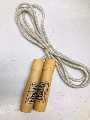 Everlast jump rope for Sale in Long Beach, CA