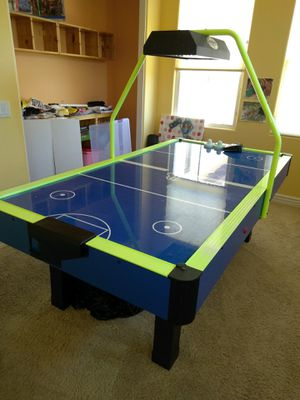 Dynamo Arctic Flash Air Hockey Table with Overhead Display for Sale in San Diego, CA