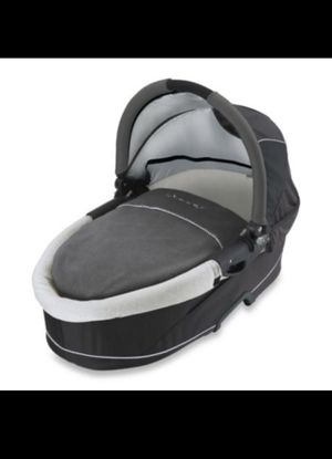BRAND NEW IN THE BOX NEVER USED QUINNY DREAMI BASSINET ( FOR ANY QUINNY STROLLER ) for Sale in Los Angeles, CA