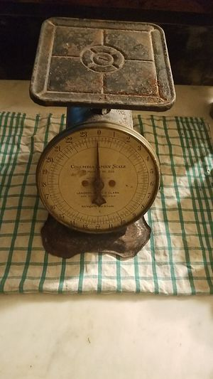 Antique scale for Sale in New Freedom, PA