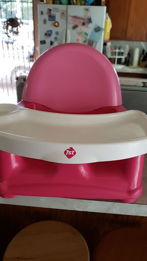 Free Safety 1st Booster Seat for Sale in West Covina, CA