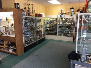 Antiques and Vintage. Heirlooms Antique Mall, 1947 S Havana in Aurora for Sale in Aurora, CO