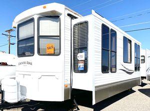 2011 Heartland Country Ridge 40ft Park model trailer for Sale in Mesa, AZ