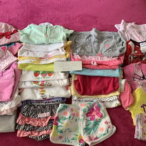 LOT OF BABY GIRL CLOTHES 12-24 MONTHS for Sale in Fort Lauderdale, FL