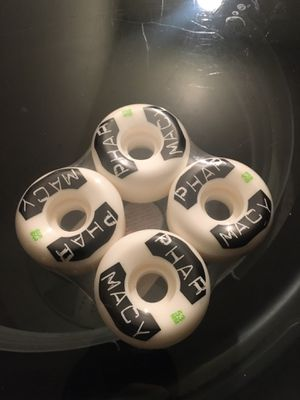 Pharmacy skate wheels for Sale in Jurupa Valley, CA