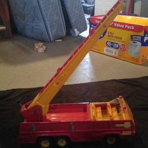 TONKA RED ENGINE FIRE TRUCK for Sale in Allen Park, MI