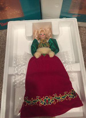 Barbie Holiday jewel porcelain 1995 for Sale in Manassas, VA