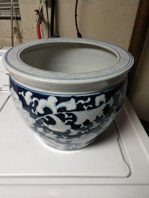 Flower Pot for Sale in Roanoke, VA